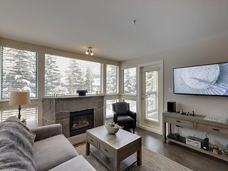 Acer Vacations | Luxury 2 Bedroom Ski-In Ski-Out Condo in Greystone Lodge