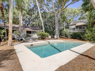 Lovely dog-friendly house w/ private pool & large backyard - walk to the beach!