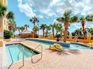 Oceanfront condo w/ water views, shared hot tub, pool & sauna on-site!