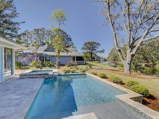 Stunningly remodeled house with a private pool & spacious floor plan