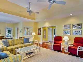 NEW LISTING! Lakefront home w/deck, lagoon views & gas grill - walk to beach