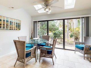 Tropical vacation condo with a shared pool & hot tub, tennis, and beach access!