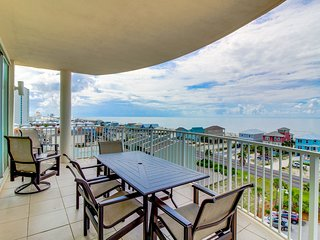 NEW LISTING! Luxurious condo w/ shared pool & hot tub - steps to the beach