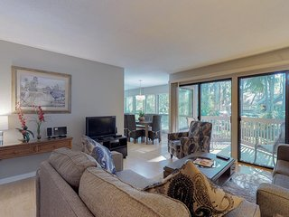 Dog-friendly condo w/ shared pool, on-site tennis, & great location