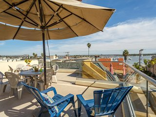 Rise and Set with the Sun - 360 Views of the Ocean and Bay!