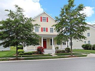 184 Willow Oak Avenue