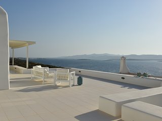 Blue Coast Villa 3, sea front villa with private pool, next to Agia Irini beach