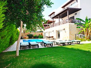 Villa Celebi C Private Pool Walk to Beach