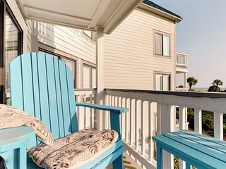 NEW! Recently-upgraded waterfront Plantation West condo w/pools, hot tub & gym