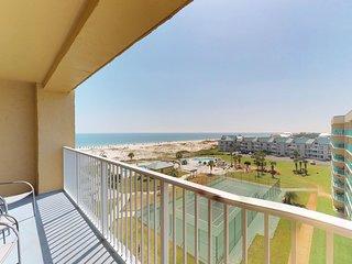NEW! Waterfront Plantation Palms condo w/ hot tub, pool & views from balcony