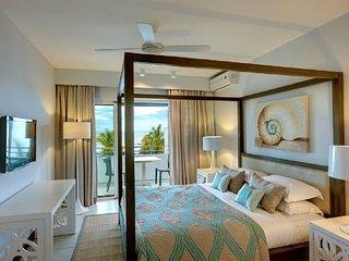 Plage Bleue Luxury Penthouse by Dream Escapes