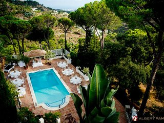 10 bed Villa, Heated pool, near Marbella Great for familys, Weddings, events