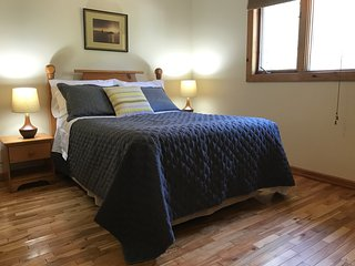 Quaint Vacation Home just minutes from Baddeck and Gaelic College