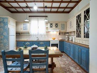 LOVELY BEACHFROND HOUSE NEAR DELFI