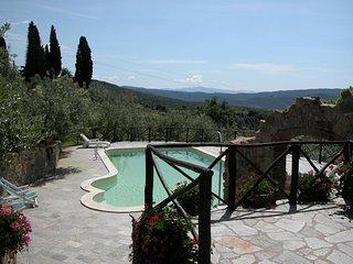 I5.139 - Villa with pool a...