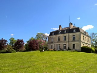 10 bedroom Chateau, exclusive use of Chateau, 10 acre grounds and large pool