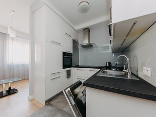 Easy Living Indulging Nowy Swiat Apartment