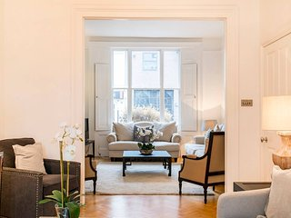 Charming 5 bed Townhouse in the heart of Chelsea