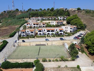 Appartamento Panoramico Fronte Mare Balcone,wifi,self-catering, 250mt dal mare