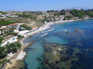 Casa Vacanza 4 posti letto con balcone vista mare a 250 mt dalla spiaggia