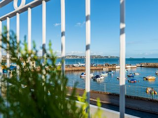 Quayside View - Harbourside apartment (Paignton)