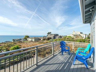 Point of Views Ocean Views! Hot Tub/Game Room! 20% Off thru March!
