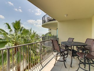 Waterfront condo w/ shared pool, hot tub, & waterslide