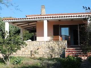 2 bedroom Villa with Walk to Beach & Shops - 5739488