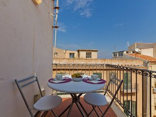 Cefalu Apartment Sleeps 3 with Air Con and WiFi - 5742557