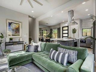 Stayloom's Breathtaking Estate | near Downtown