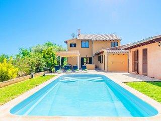 Spacious villa in Campanet with Parking, Internet, Washing machine, Pool