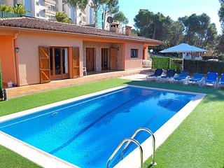 Cozy house in Palafrugell with Parking, Washing machine, Pool, Terrace