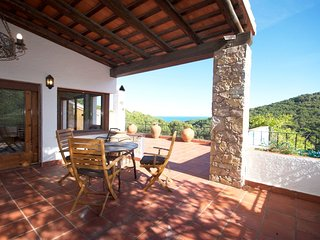 Cozy apartment in Sa Riera with Parking, Washing machine, Pool, Garden