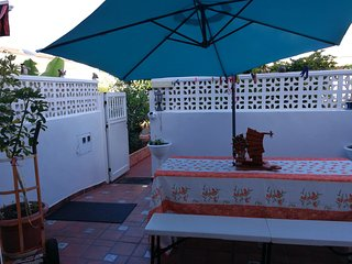 Cozy house very close to the centre of Puerto de la Cruz with Parking, Internet,