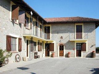 5 bedroom Villa in Montemarino, Piedmont, Italy - 5740138