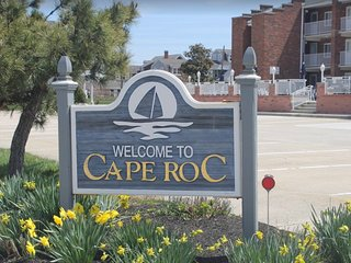 Cape May Beach Block 1 Bed Cape Roc Condo w/ Pool Summer Rental