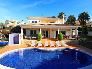 Villa Caneiros, Luxury, Modern Villa, 4 Bedrooms, Sleeps 8, Large Pool & Table T