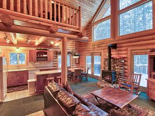 $289/nt til Nov.26th! | Island Park Getaway | Hot tub | near Yellowstone