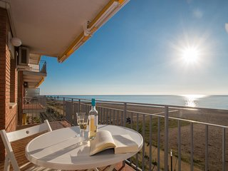 MARESME BEACH APARTMENT