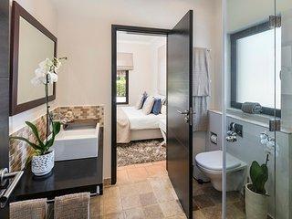 4 bedroom Villa in Malhadais, Faro, Portugal - 5718176