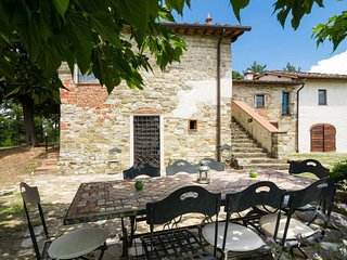 4 bedroom Villa in L'Opaco, Tuscany, Italy - 5055508