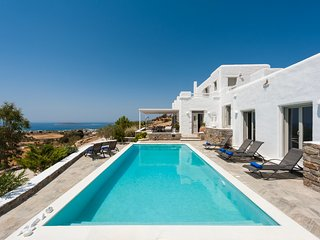 Villa Nashira with private pool, next to Farangas and close to Aliki