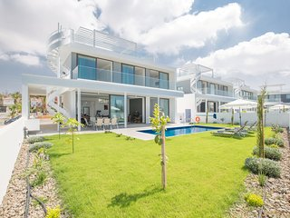 Cyprus In The Sun Villa Nissi Pearl 2 Platinum