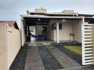 Casa em Penha-SC - Completa e com Ar-condicionado