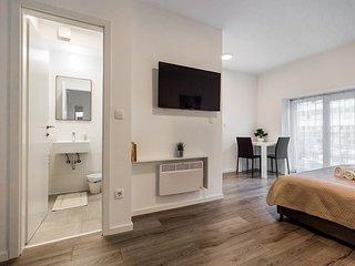 King's Street Apartments (103)
