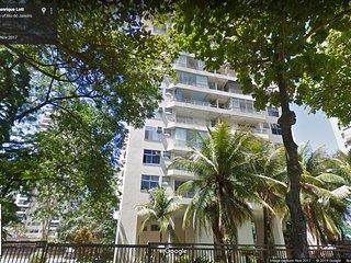 Apartamento Excepcional de 2Q perto do Barra Shopping e da Praia