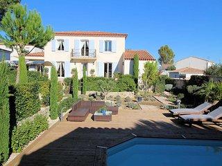 Belle villa a Saint-Series, Herault, piscine