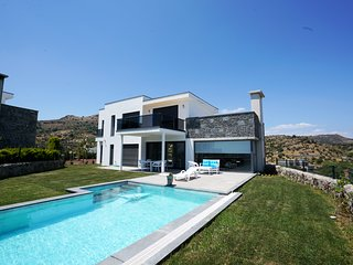 Important Group | BD457 4 Bedroom Modern Villa in Ortakent