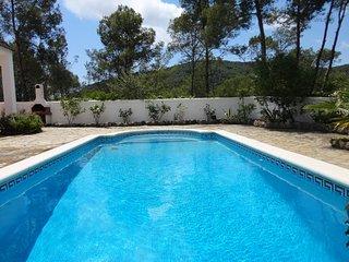 Beautiful Villa Rosa with private pool