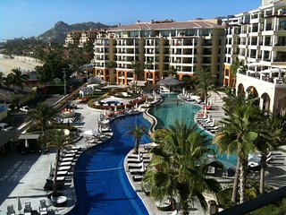 Me Cabo Resorts Rentals